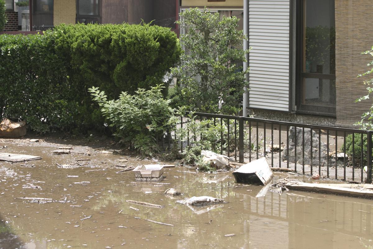 台風被害を受けた家